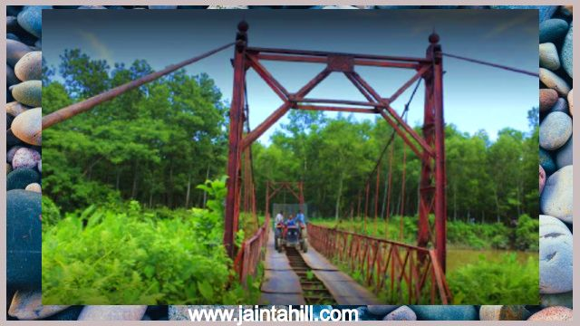 Lova-vhora-hanging-bridge