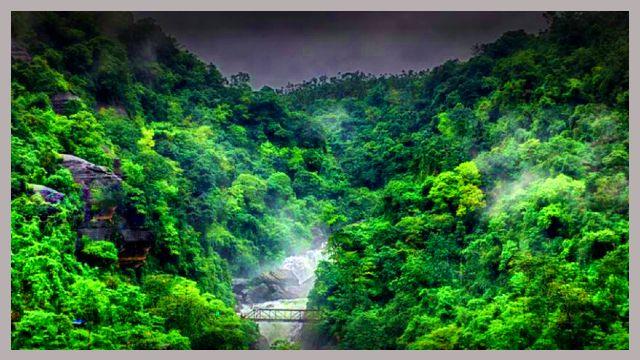 পানথুমাই-Pantumai--water-falls-view