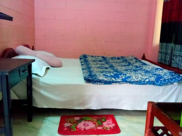 Jaintia-hill-couple-room (2)