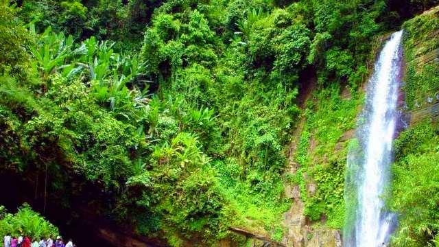 মাধবকুন্ড-ঝর্না-waterfall-Description